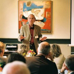 Hubert Hermans op het congres van De Arnhemse Methode